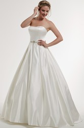 Ball-Gown Jeweled Strapless Long Sleeveless Satin Wedding Dress With Backless Style And Bow
