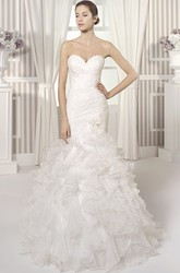 Mermaid Sweetheart Organza Wedding Dress With Criss Cross And Ruffles