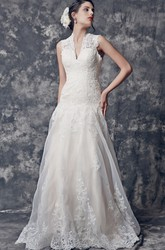 Glamorous Cap Sleeve A-line Long Lace Wedding Dress With Keyhole
