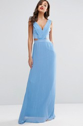 Sheath Sleeveless Splited V-Neck Chiffon Bridesmaid Dress With Pleats
