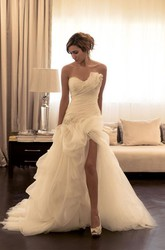 A Line Sweetheart Tulle Backless Zipper Wedding Gown