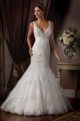 Sleeveless V-Neck Mermaid Wedding Dress With Appliques And Beadings