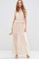 Sheath V-Neck Sleeveless Chiffon Bridesmaid Dress With Ruching