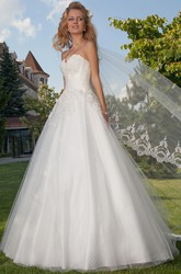 Ball Gown Maxi Appliqued Sweetheart Sleeveless Tulle Wedding Dress