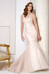 V-Neck Maxi Appliqued Satin&Tulle Wedding Dress With Chapel Train And V Back
