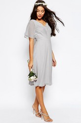 Knee-Length Lace Poet Sleeve V-Neck Chiffon Bridesmaid Dress With Ruching