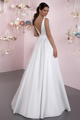 0c59bffb43275d ... Ball-Gown Bateau Lace Sleeveless Floor-Length Satin Wedding Dress With  Deep-V