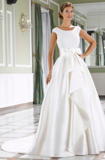 dac8374ee53 A-Line Draped Scoop-Neck Short-Sleeve Satin Wedding Dress With Bow
