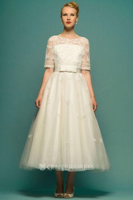4067f21fa077d8 A-Line Tea-Length Scoop Neck Half Sleeve Appliqued Tulle Wedding Dress